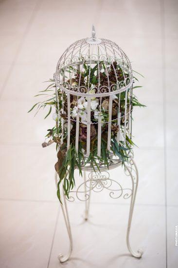 Hochzeitsdeko Käfig mit Blumen